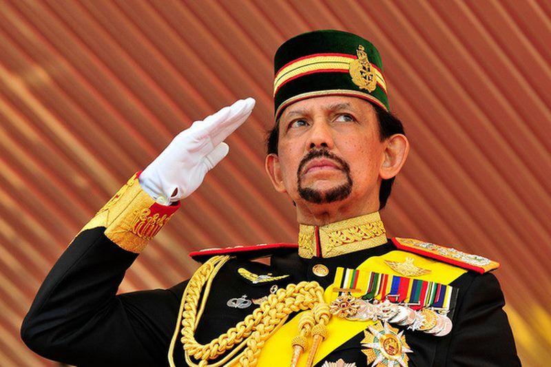 Vua Brunei là người có khối tài sản khổng lồ.
