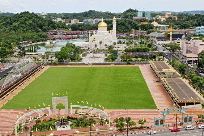 Thủ đô Bandar Seri Begawan nhìn từ trên cao.