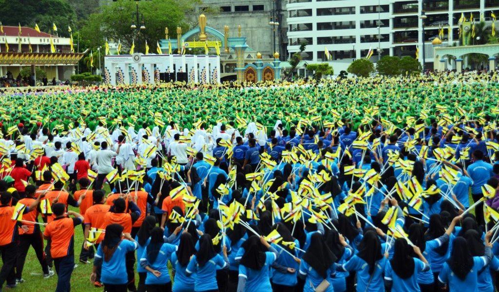 lễ-quốc-khánh-tưng-bừng-của-Brunei-1024x678