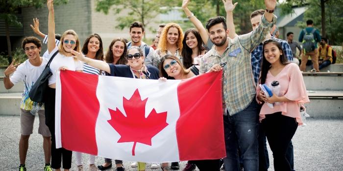 """Du học Canada nay xét visa theo chương trình """"Student Direct Stream"""""""