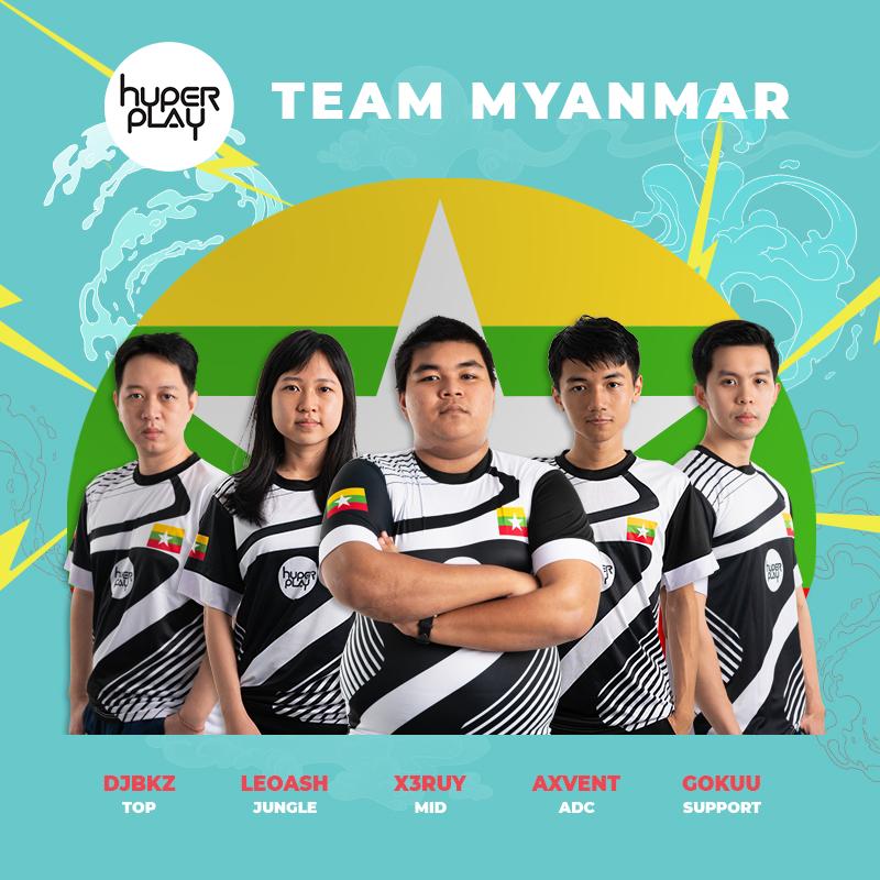 Các thành viên team Burmese Pythons tại Hyperplay 2018