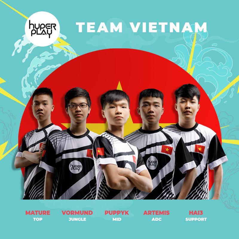 Các thành viên đội tuyển Việt Nam tại Hyperplay 2018