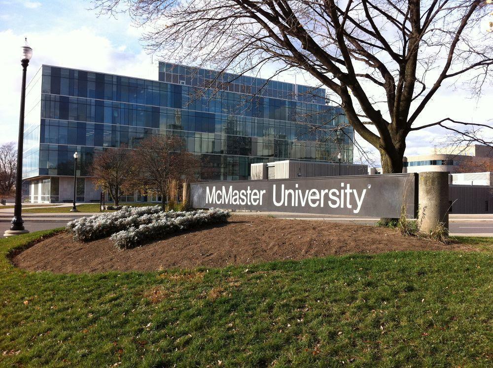 Du học Canada tại Đại học McMaster