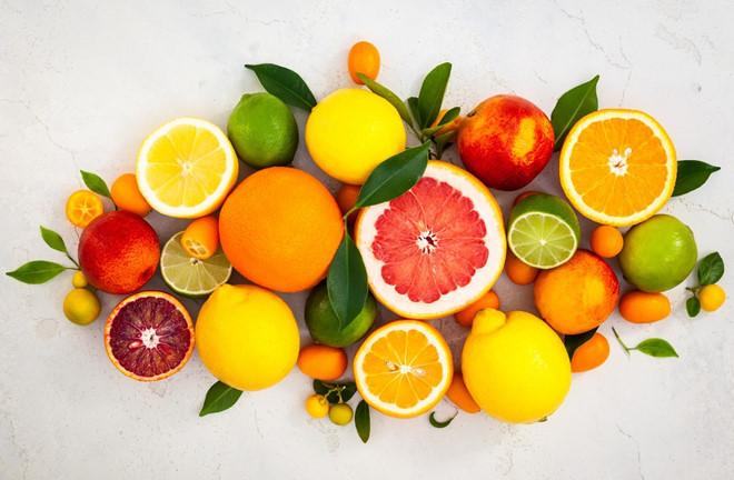 Trái cây họ cam quýt.
