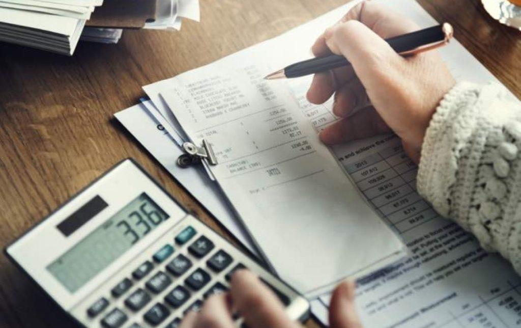 Tính toán các khoản chi phí khi đi du học