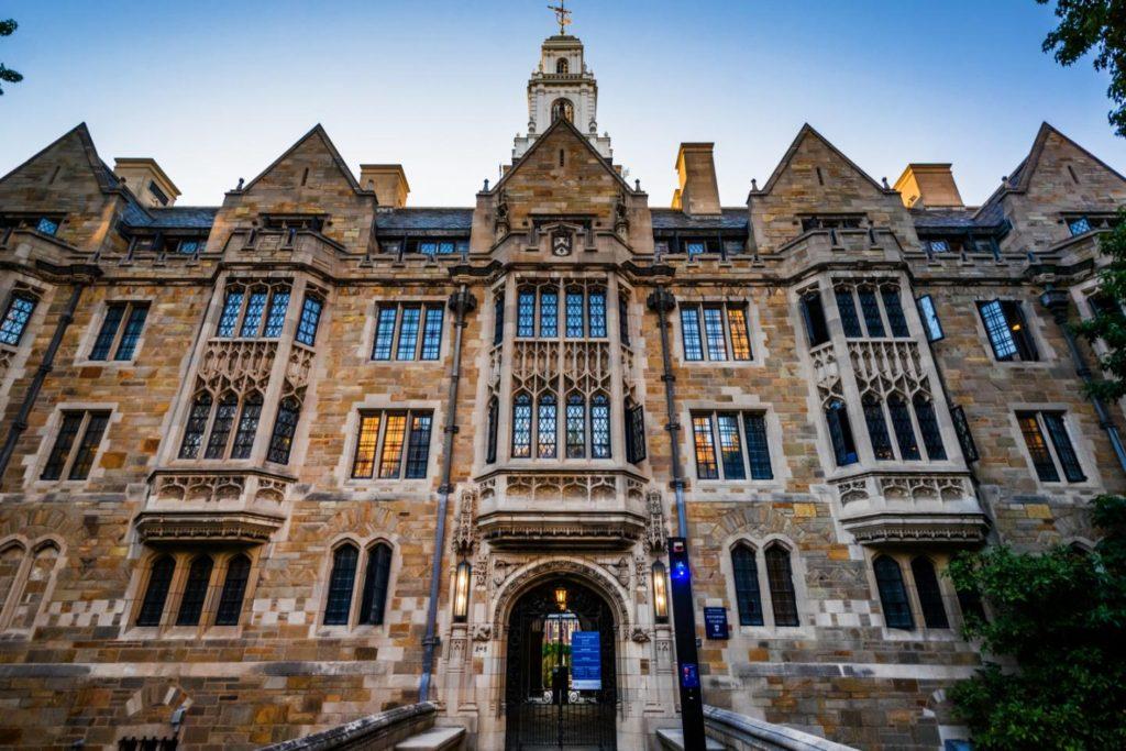 Đại học Yale là một trong những đại học chất lượng hàng đầu thế giới