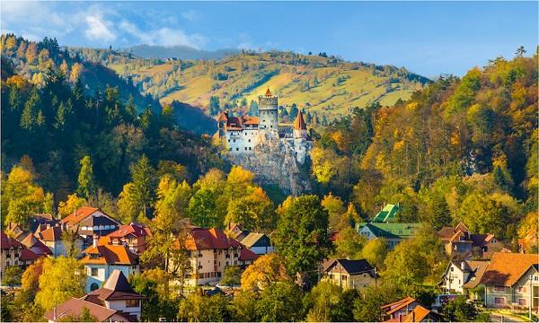 Montenegro thu hút rất nhiều du khách trên thế giới với cảnh quan thiên nhiên tuyệt đẹp