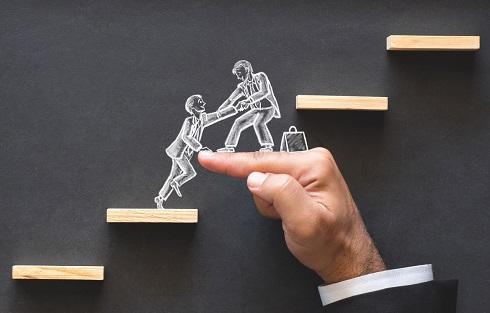 Cùng nhau bước lên bậc thang của thành công