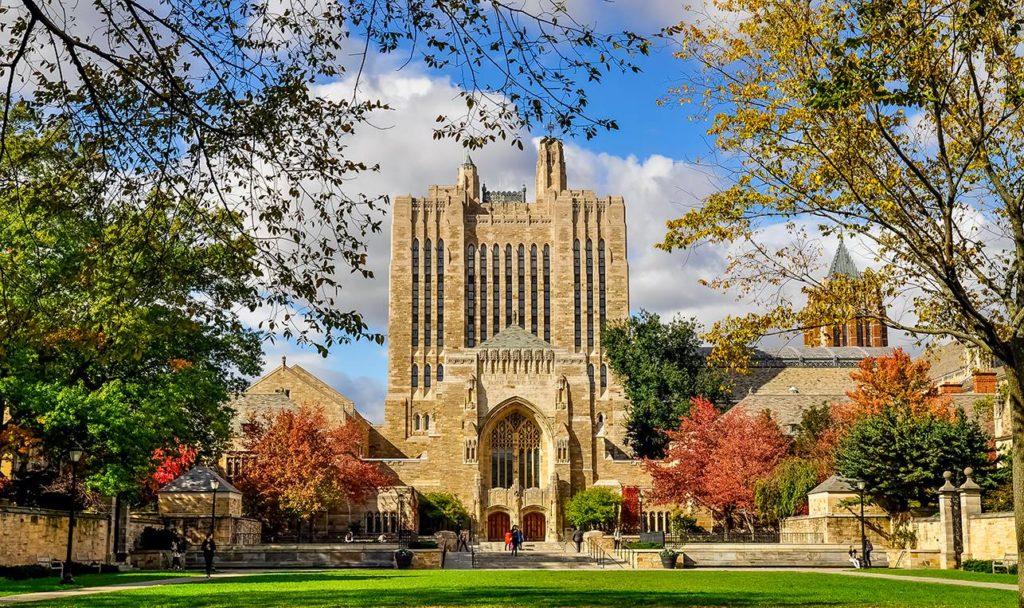cảnh đẹp như thiên đường ở Yale University in Connecticut ở