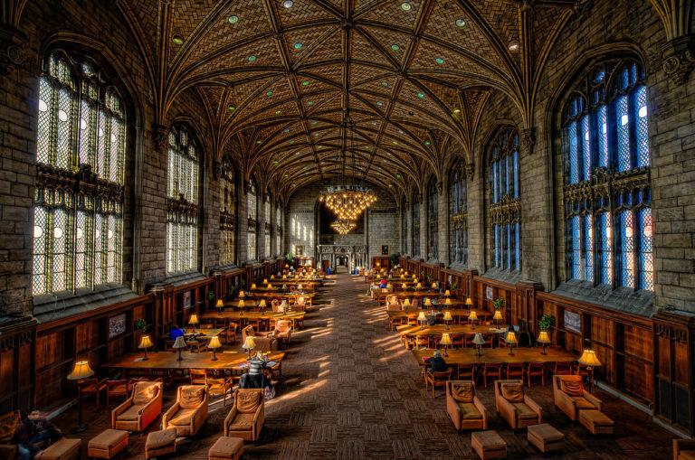 Kí túc xá trường đại học Chicago