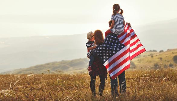Con đường định cư Mỹ trở nên khó khăn hơn cho nhà đầu tư thế giới