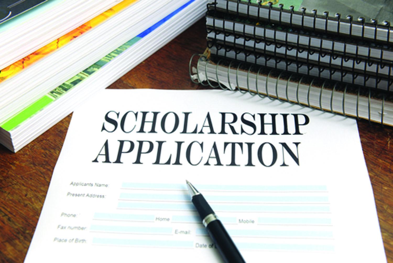 hồ sơ du học Mỹ nên bắt đầu tư đơn xin nhập học