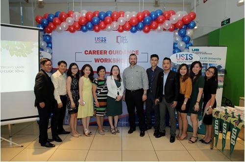 Cơ hội biến ước mơ du học Mỹ thành hiện thực với USIS - Ảnh 1
