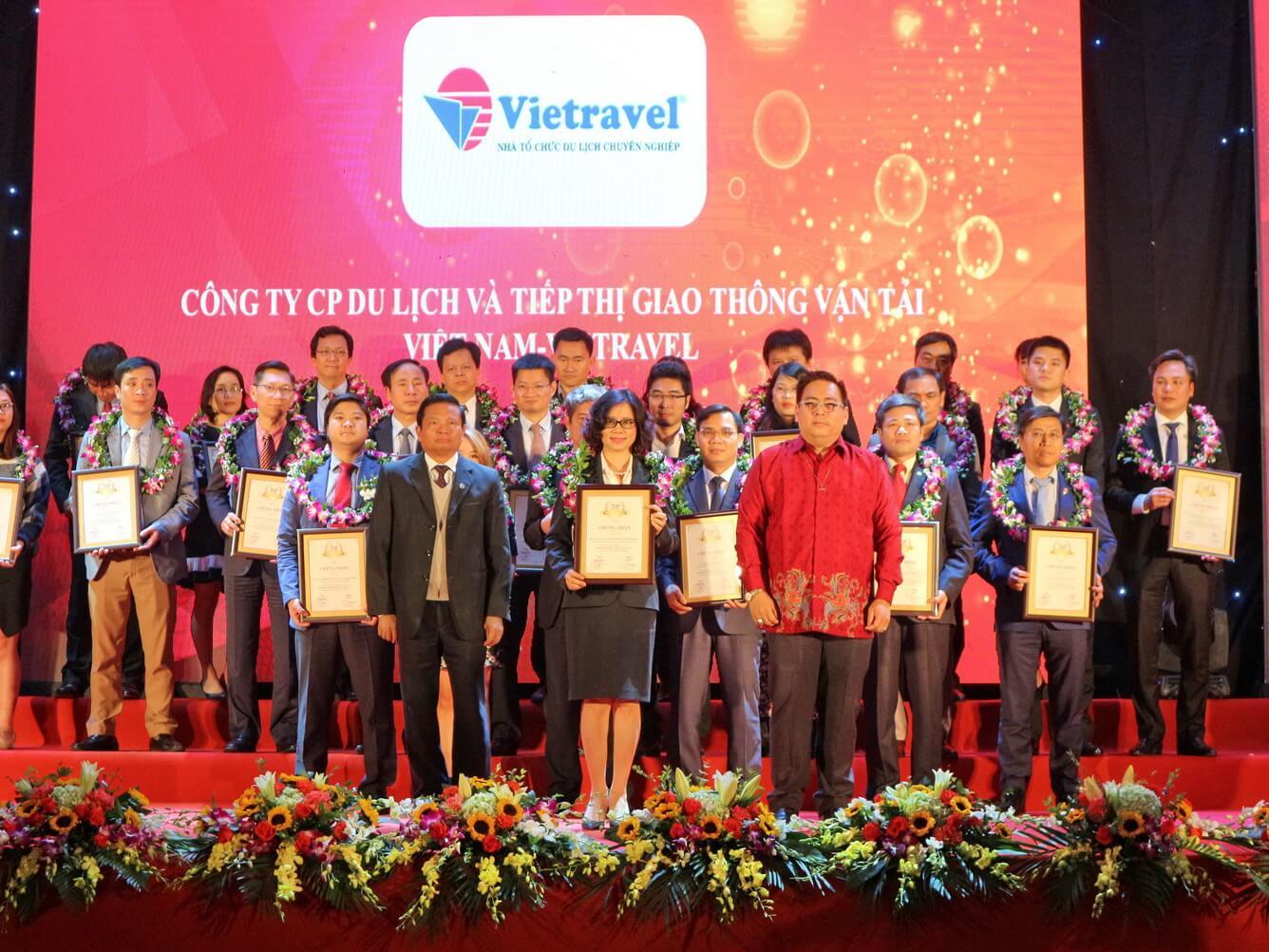 Viettravel - Tự hào Top 1 công ty du lịch - lữ hành uy tín