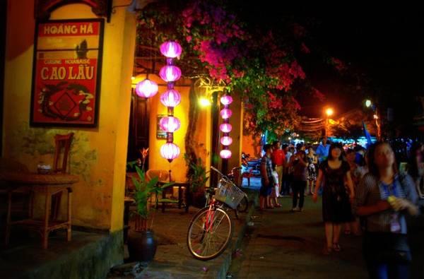 chợ đêm du lịch Hội An