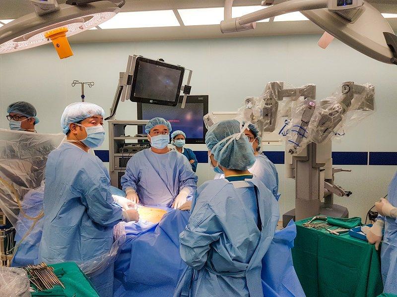 Phẫu thuật robot tại Vinmec