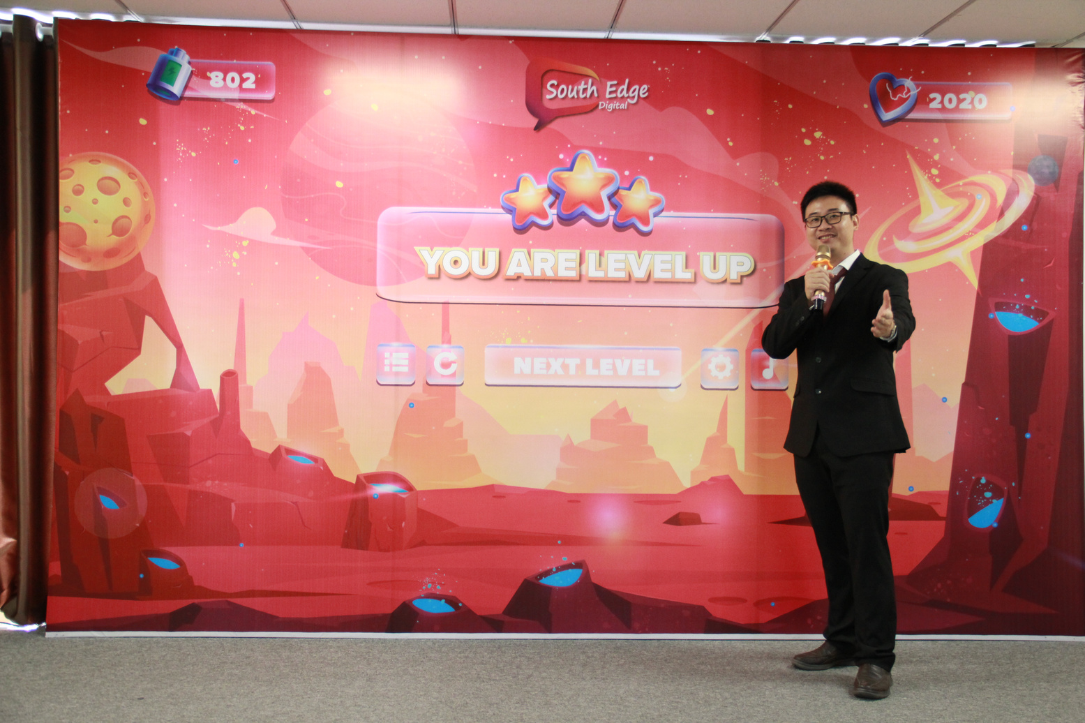 anh Laevis Nguyễn chia sẻ tại sự kiện You are Level Up