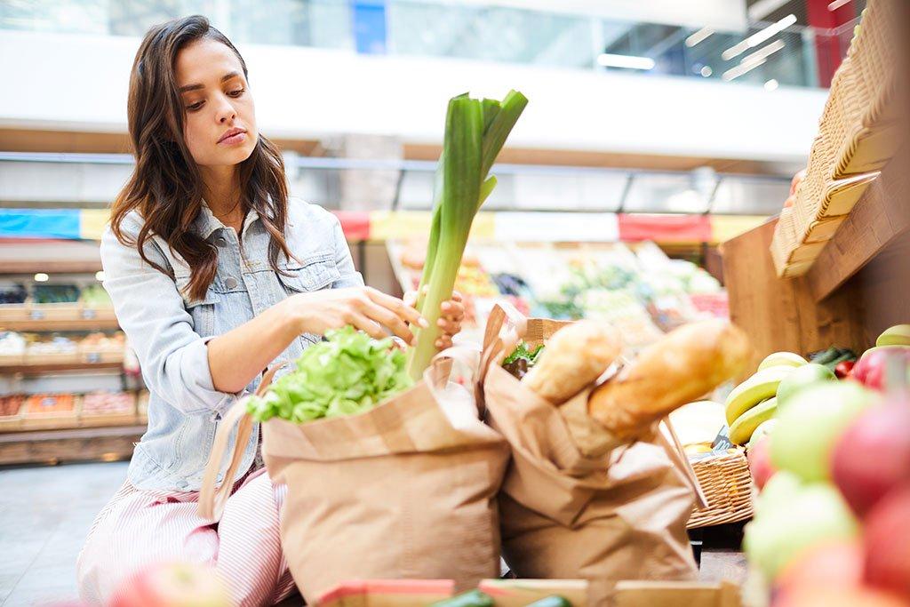 Đi chợ tuần cho cả gia đình