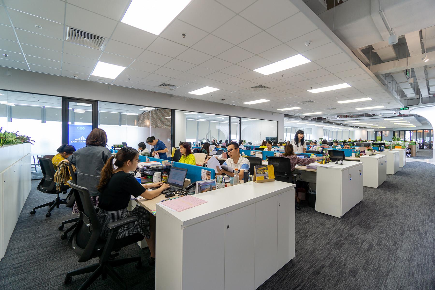 văn phòng gắn kết giữa các thành viên