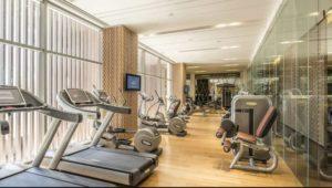 Phòng tập gym với đầy đủ trang thiết bị hiện đại.